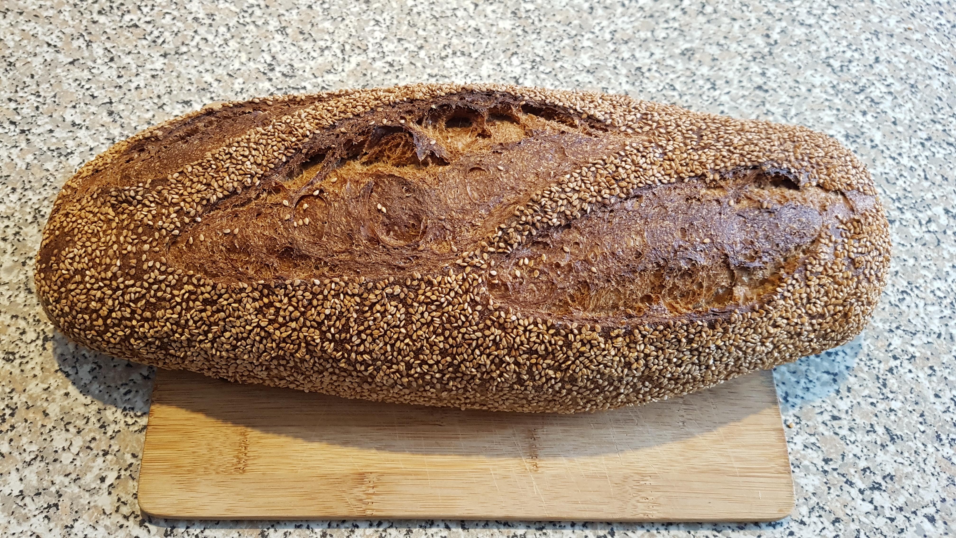 Pane di semola di grano antico duro integrale Tumilia
